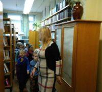 """""""путешествие по библиотеке"""" читателей-дошкольников из МДОУ №20"""
